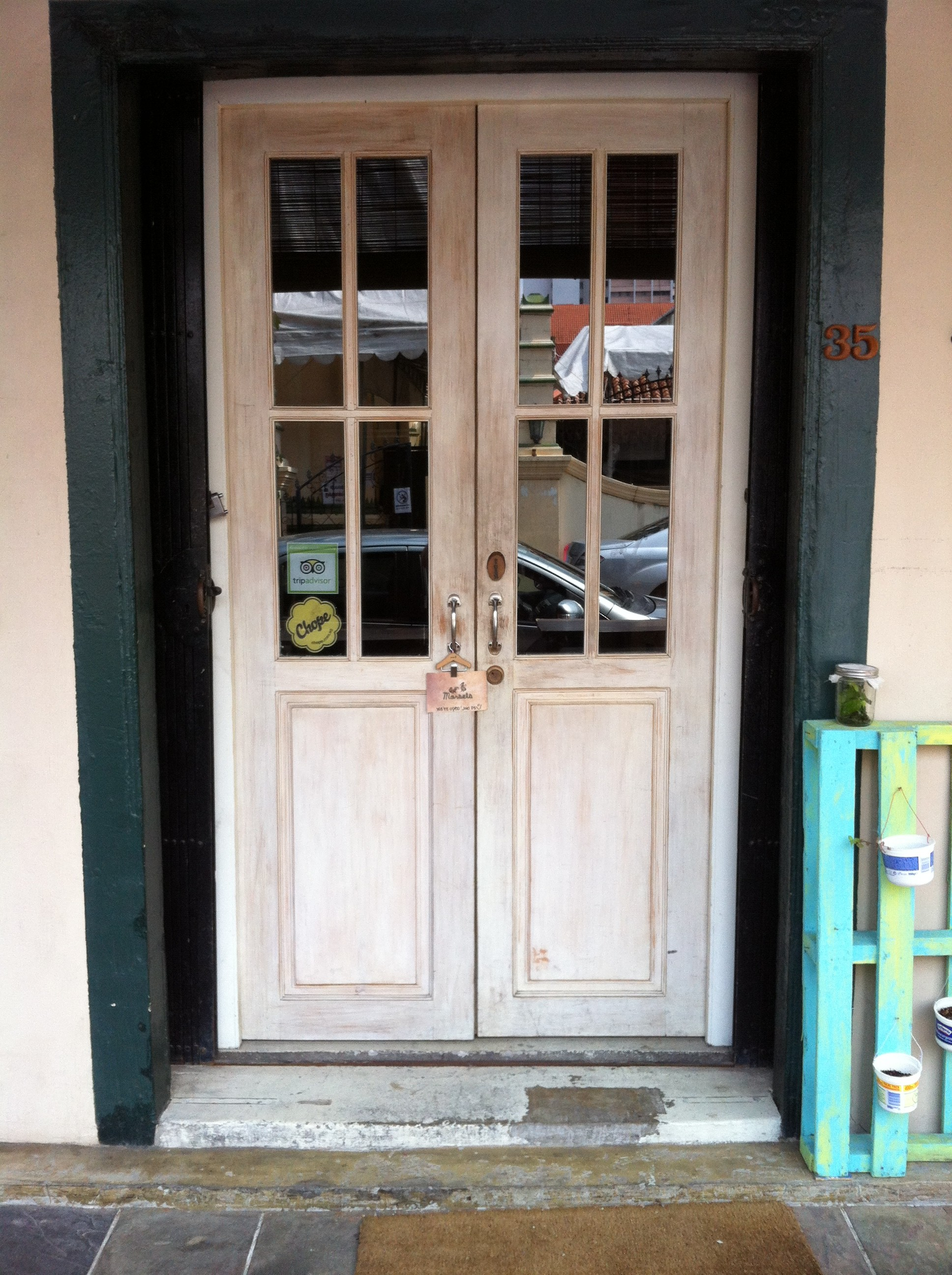 17 Second Hand Entry Doors
