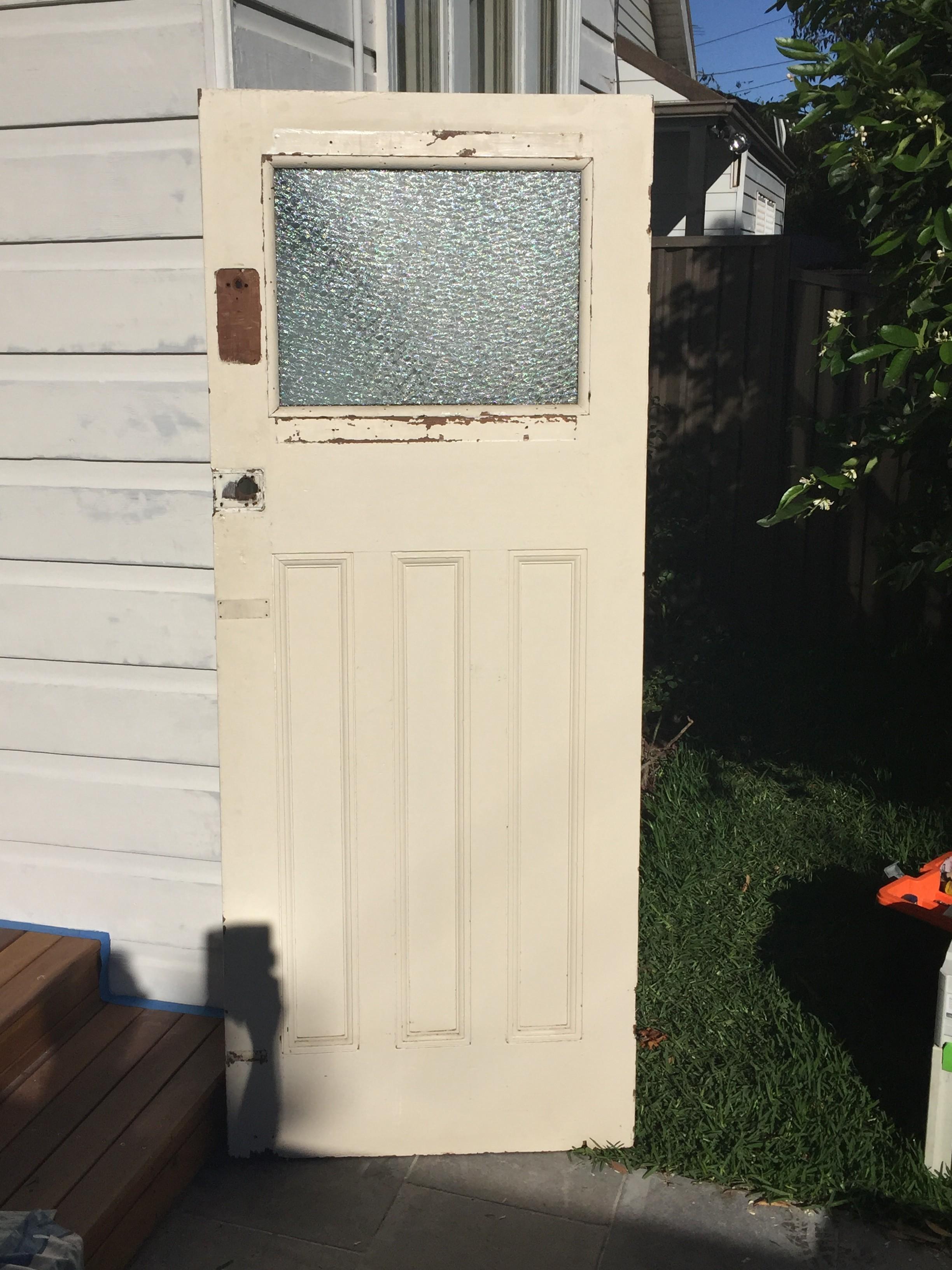 1b - Fit Second Hand Door