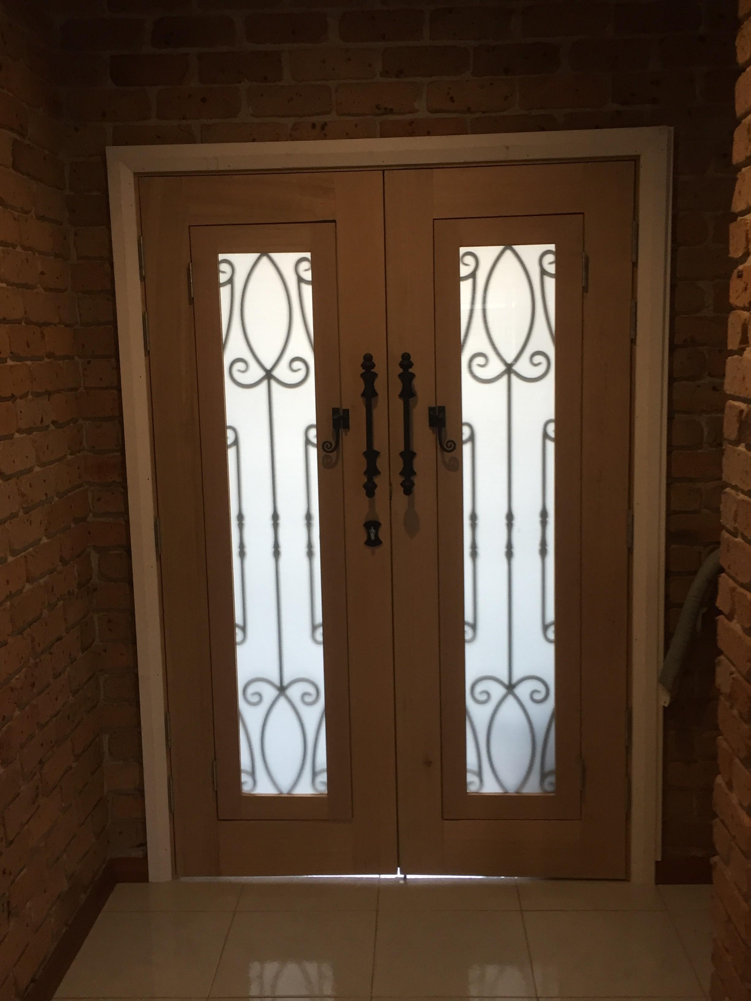 1h - Wrought Iron Doors