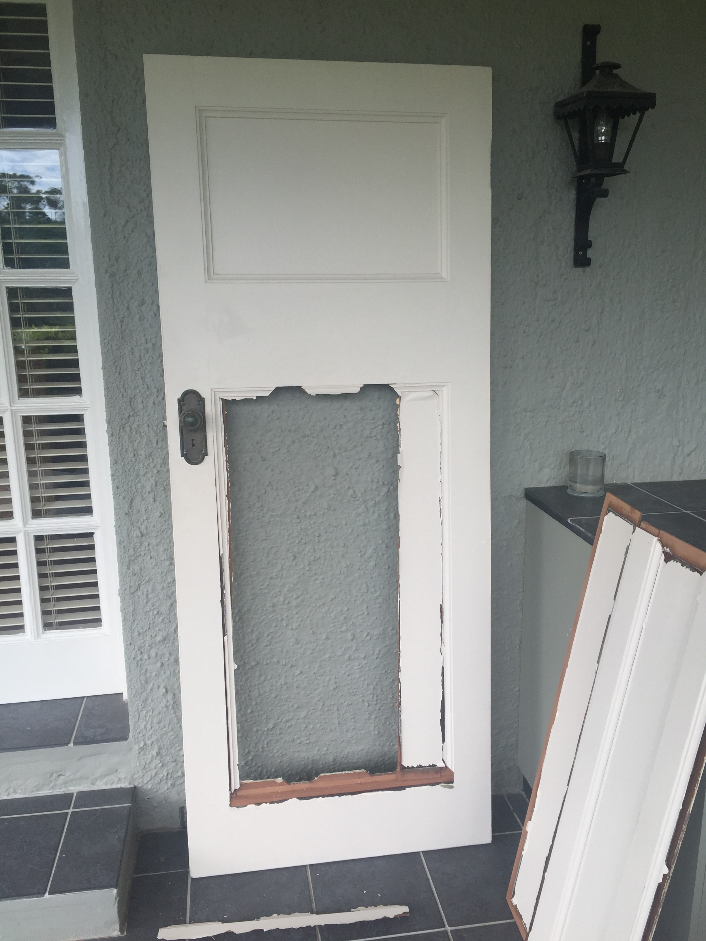 2a Broken Door