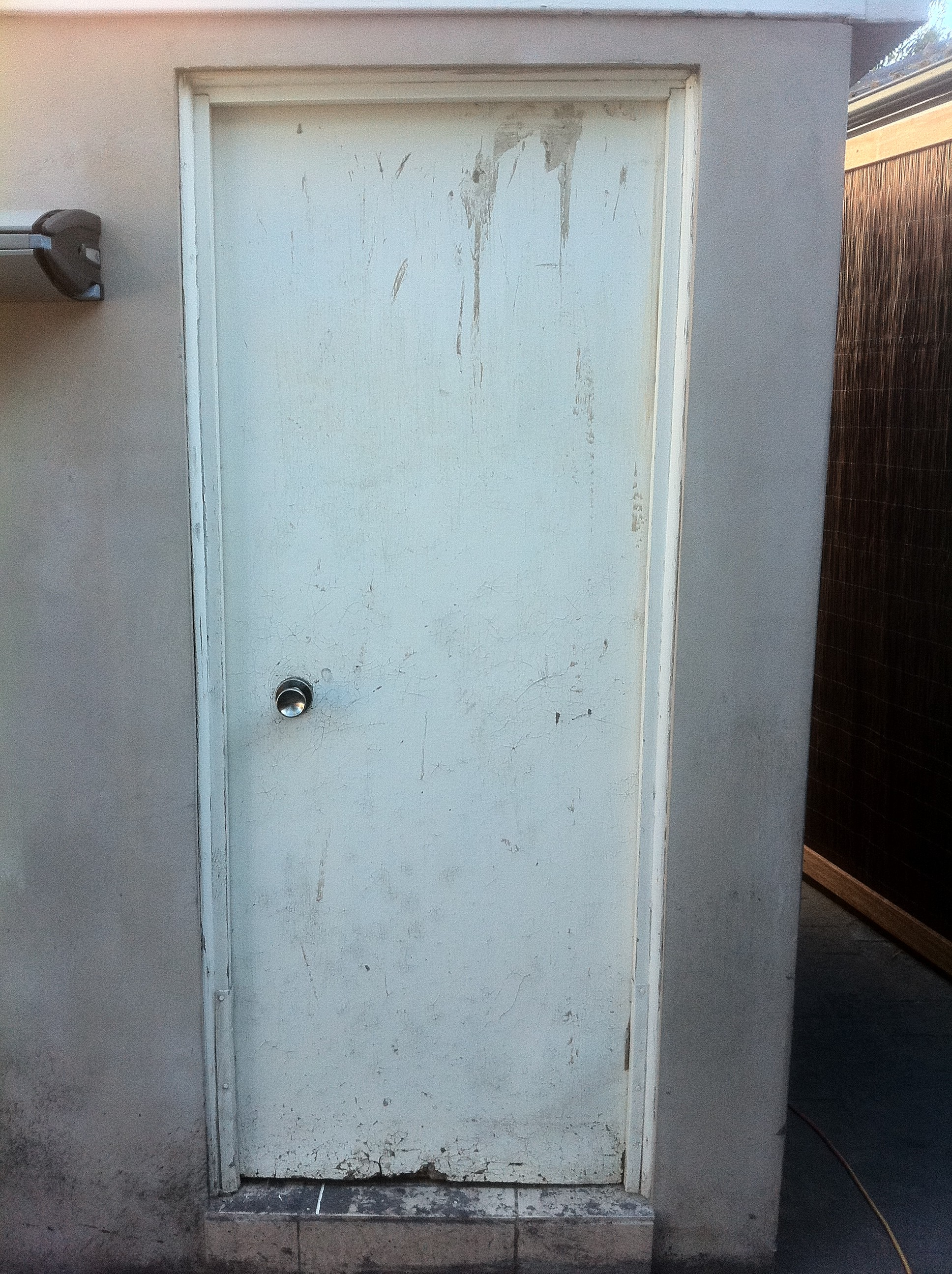 4a - Damaged Laundry Door