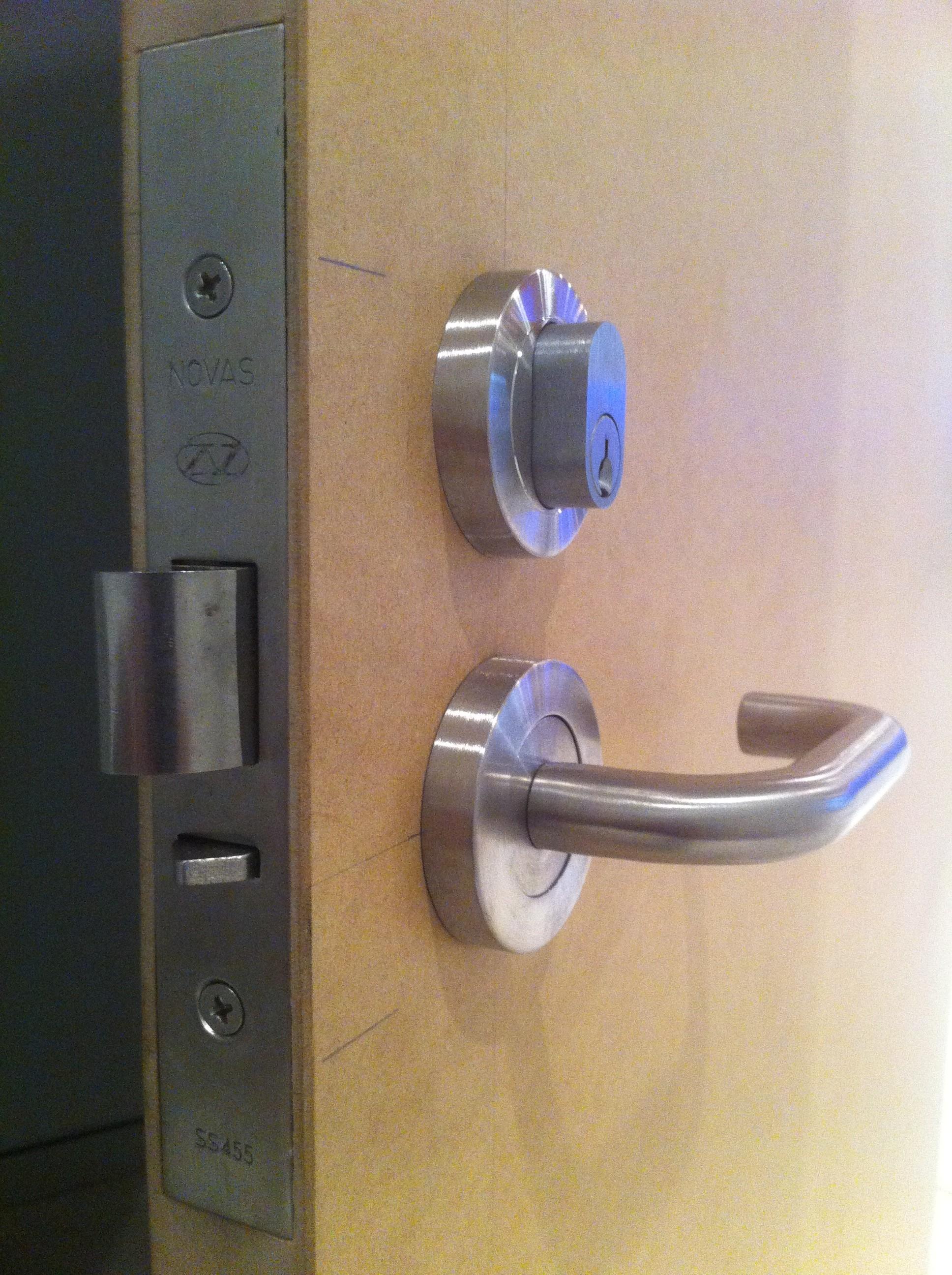 4b - MDF Door With Mortice Lock