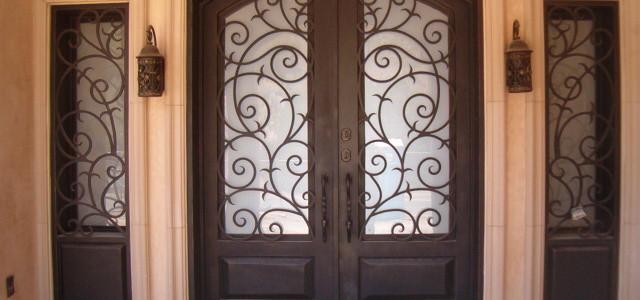 re hand door